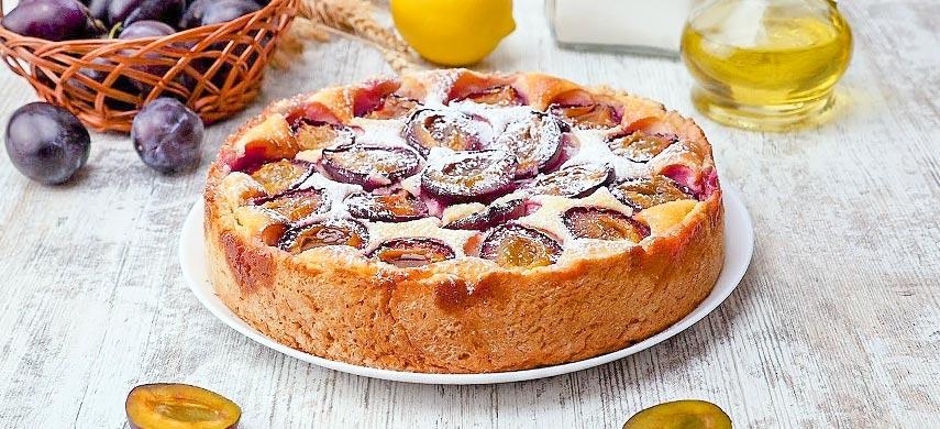 Нежный пирог со сливами: пошаговый рецепт №1